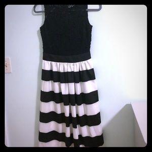 Alexia Admor Formal Black and White Striped dress
